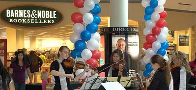 2011 10 08: Sterling Strings Gig, Federica, Quartet, Miller Hill Mall, Duluth