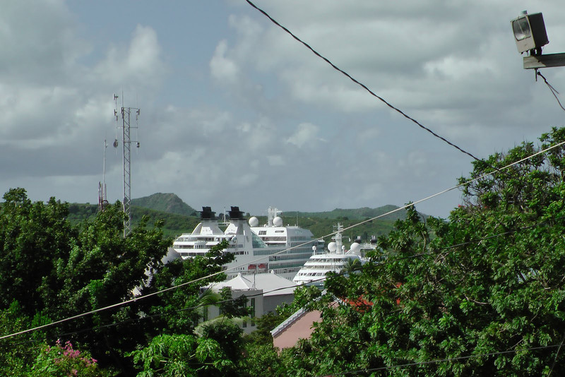 The Seabourn and Seabourn Spirit in Antigua