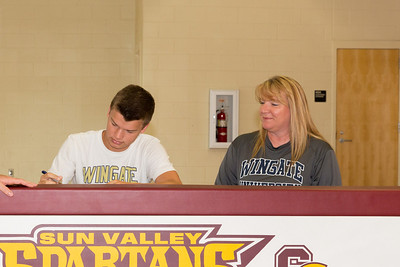 Wingate Signing