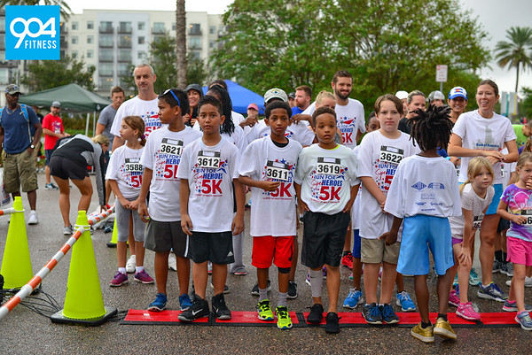 Run for Heroes 1 Mile 2017