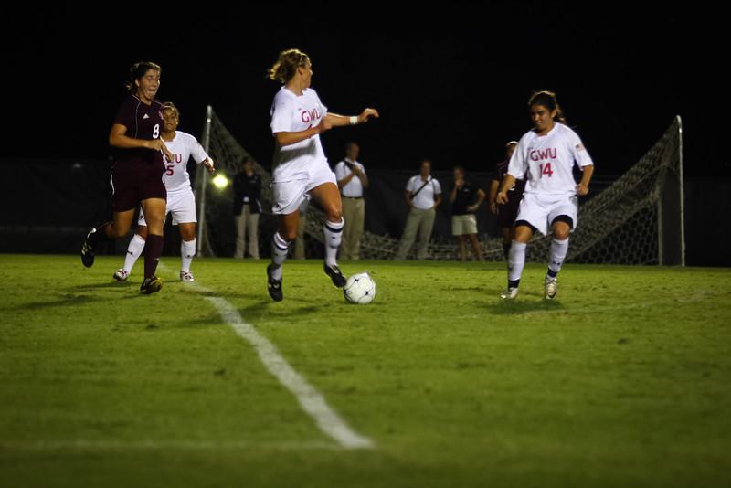 W. Soccer vs. Winthrop_09-27-2011_-55.jpg