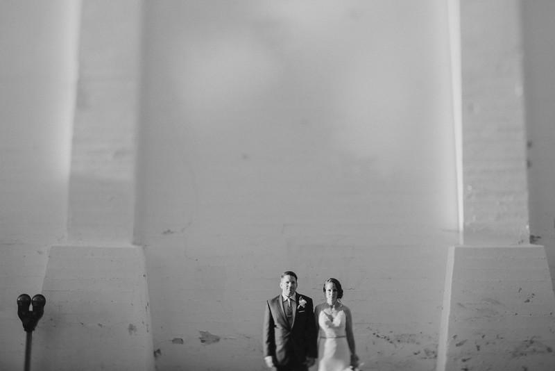 Jessica&RyanB&W-1504.jpg
