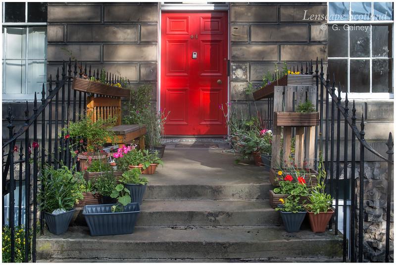 Doorstep garden, Drummond Place