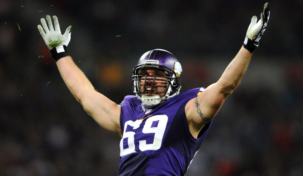 """. <p>10. (tie) JARED ALLEN <p>Having a hard time choosing between Super Bowls and money. (previous ranking: unranked) <p><b><a href=\'http://www.twincities.com/sports/ci_25386139/vikings-jared-allen-sign-seahawks\' target=\""""_blank\""""> HUH?</a></b> <p>   (Pioneer Press: Chris Polydoroff)"""