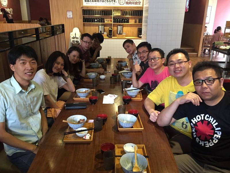 20151028 外拍聚餐.JPG