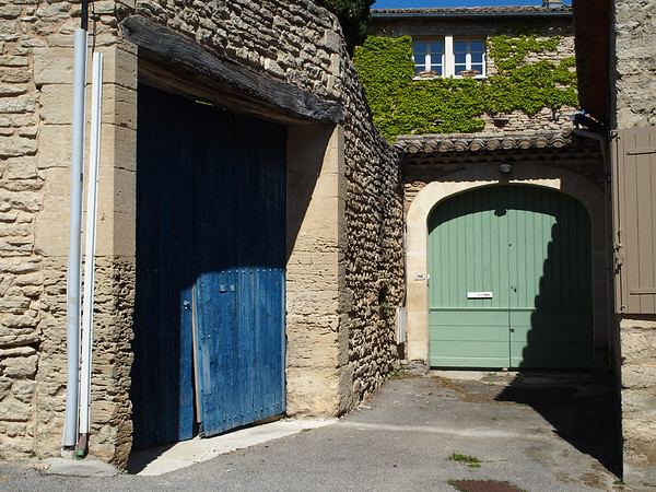 Doors of Cabrières d'Avignon
