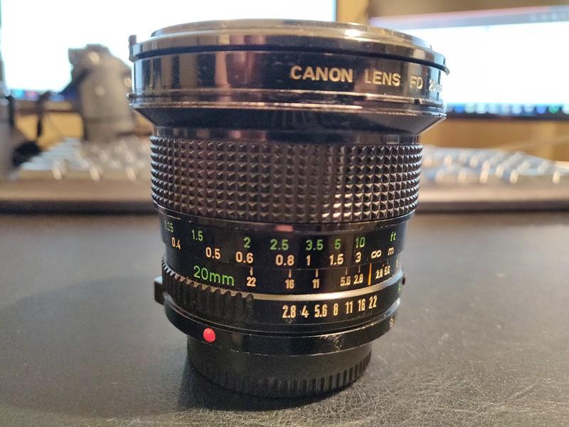 Canon FD 20mm 2.8 - Serial T1100 & 11405 001.jpg