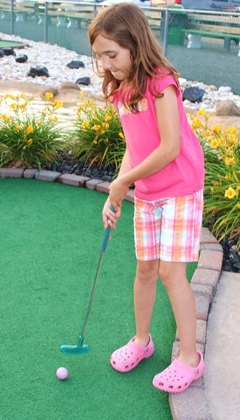 Miniature Golf, Heisler's Dairy Bar, Lewistown Valley, Tamaqua (6-22-2011)