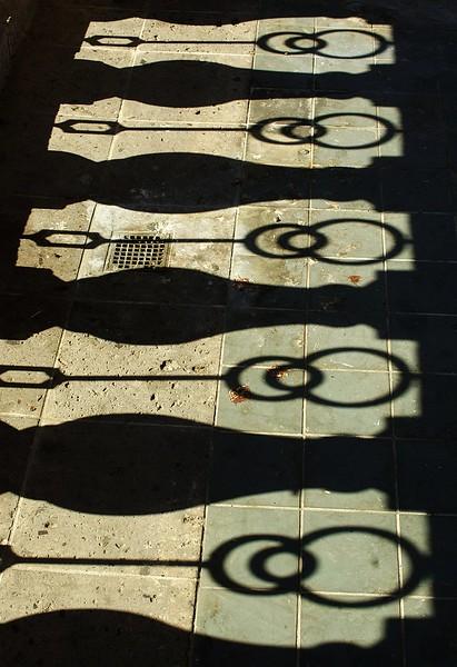 MariachiPlaza013-ShadowsOnStage-06-10-18.jpg