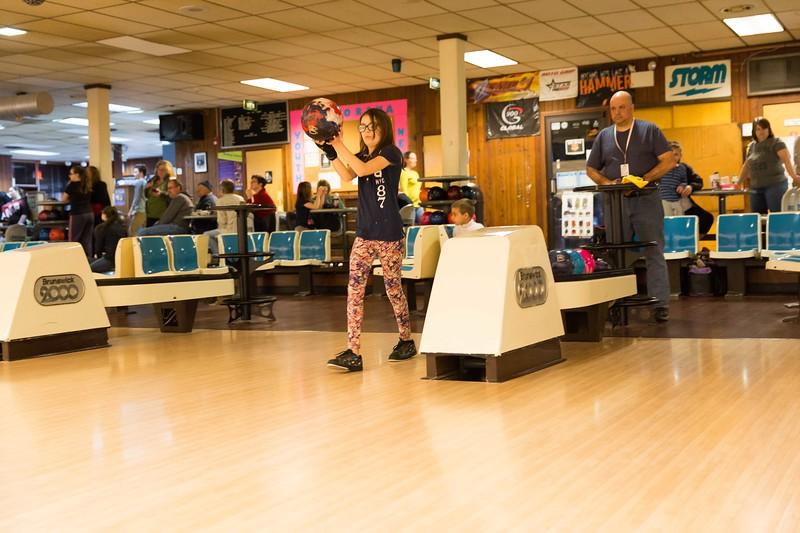 Maddie bowling-9673.jpg