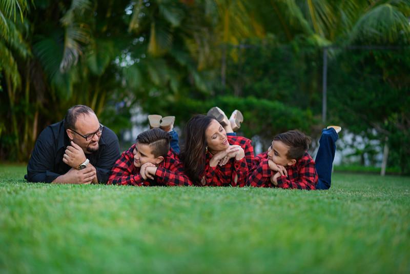 Kristen Knowles Family Photos