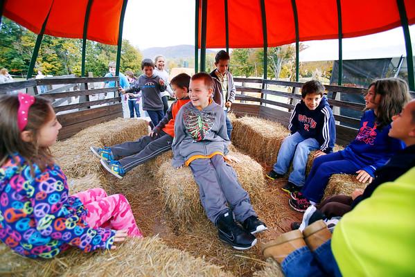 Clarksburg School Visits Ioka Valley Farm-100214