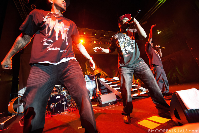(L to R) Lloyd Banks, 50 Cent, and Tony Yayo perform at Jannus Landing in St. Petersburg, Florida on June 16, 2010.