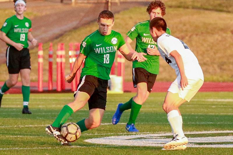 Wilson-mens-soccer-v-southridge-2019-EdmundDevereaux-8.jpg