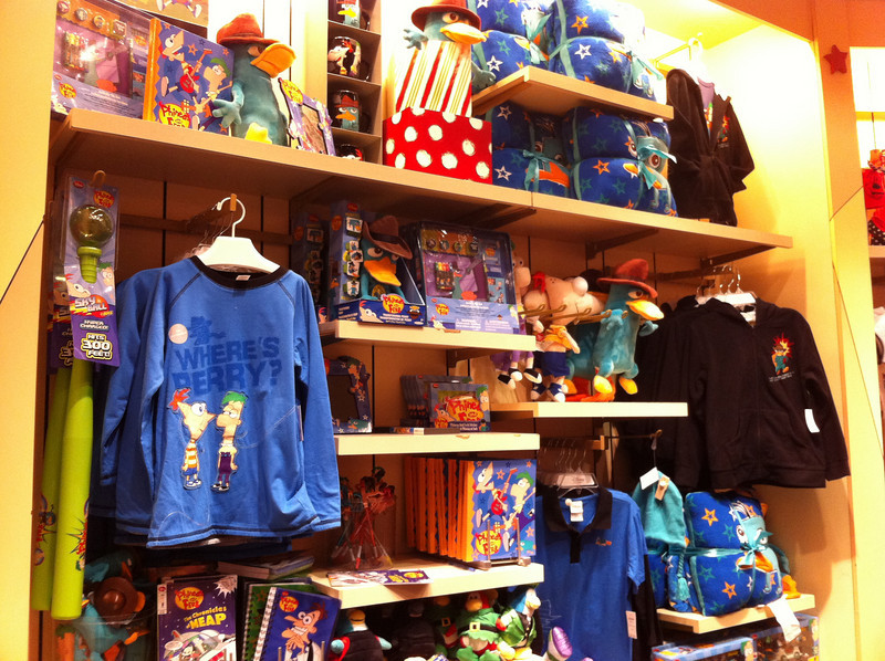 Phineas & Ferb Stuff @ The Disney Store 10/26/10