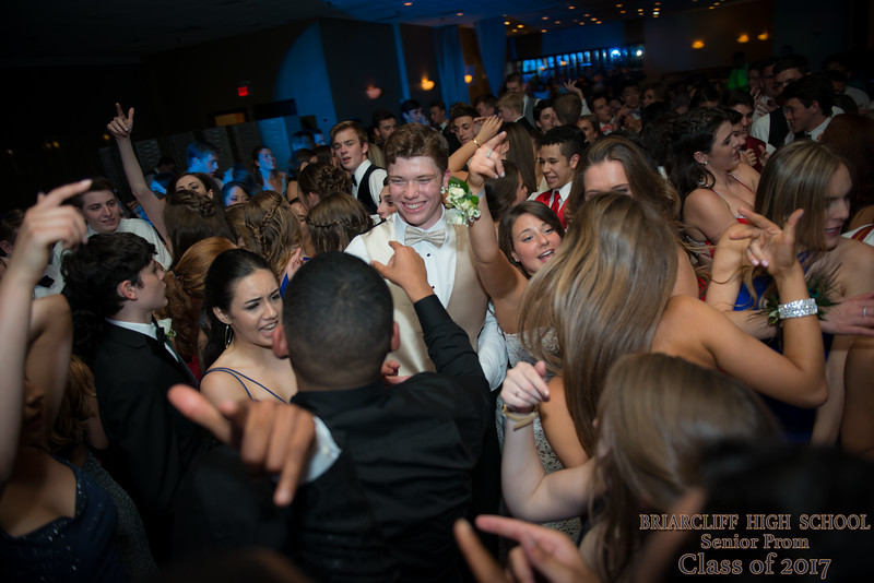 HJQphotography_2017 Briarcliff HS PROM-307.jpg