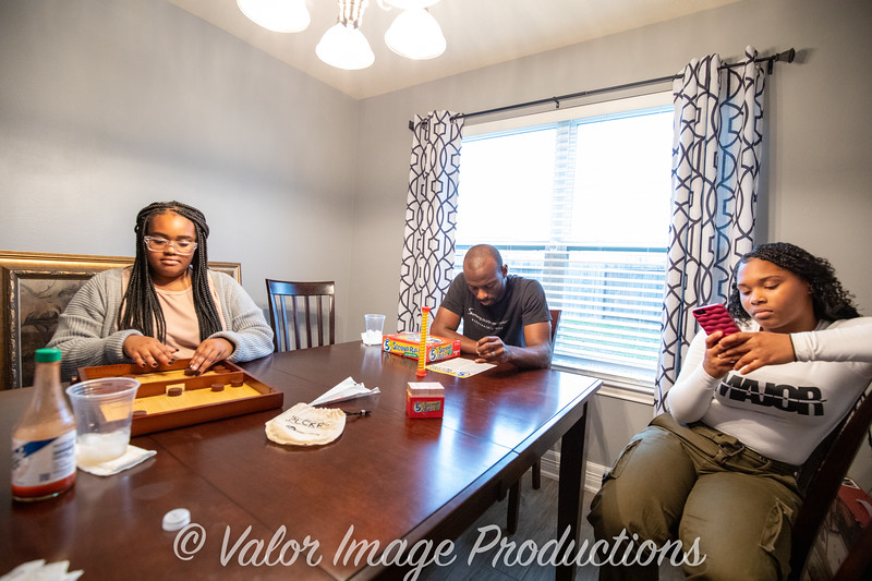 ©2019 Valor Image Productions Barbara Thanksgiving-15302.jpg