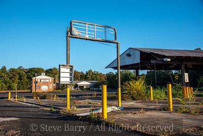 Closed Truck Stop