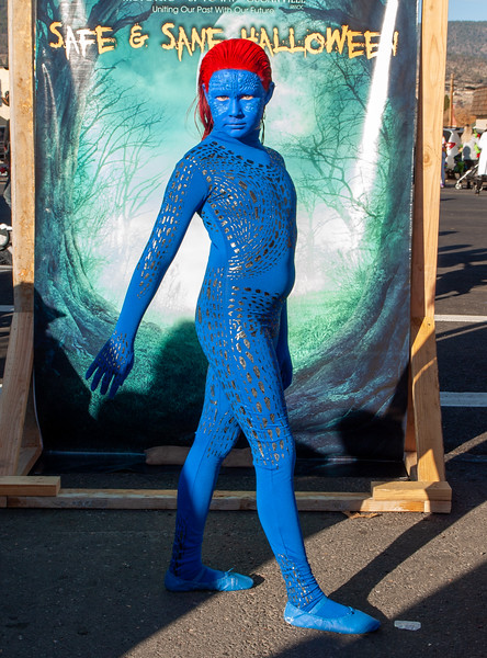 costumes2019-18.jpg