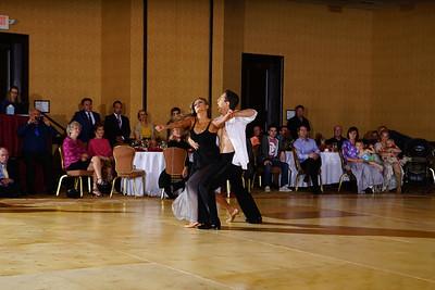 14 Sergei Shapoval & Mila Popovich - Viennese Waltz