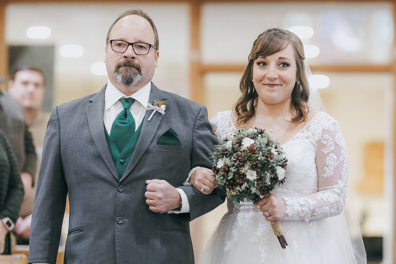 Johnna_Derek_Wedding_La_Casa_Grande_Beloit_Wisconsin_December_15_2018-143.jpg