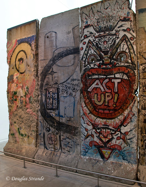 Actual panels from the Berlin Wall