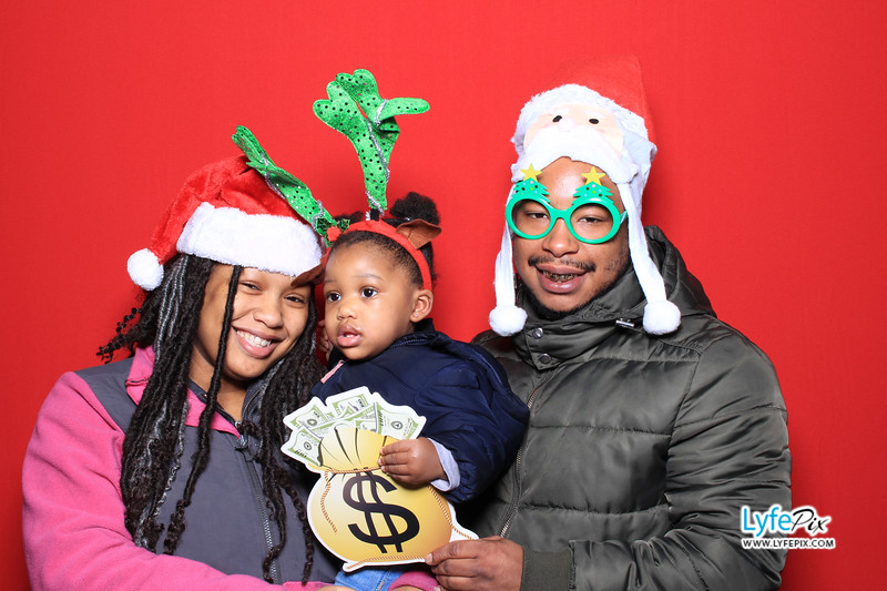 eastern-2018-holiday-party-sterling-virginia-photo-booth-0057.jpg