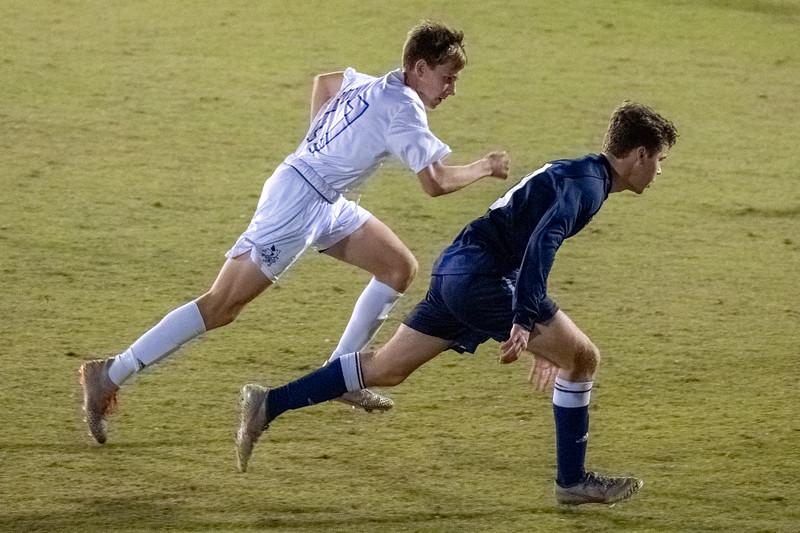 TCS Varsity Soccer 2019-4272.jpg