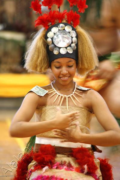 HEIVA I MAUI (Tahiti Fete)