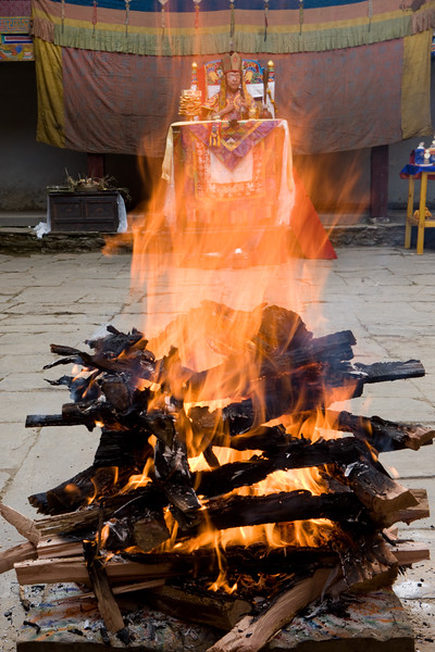 Jinsak, The Fire Puja.
