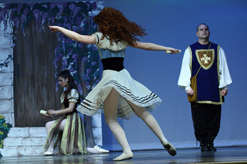 dance_050209_369.jpg