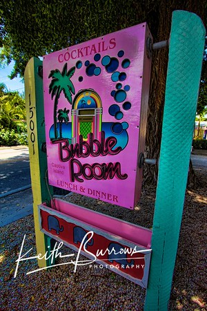 THE BUBBLE ROOM/Captiva