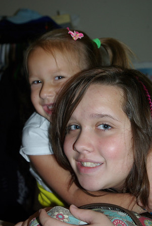 Walnut Grove Youth visiting Kentucy Shores Family Center in Gilbertsville KY
