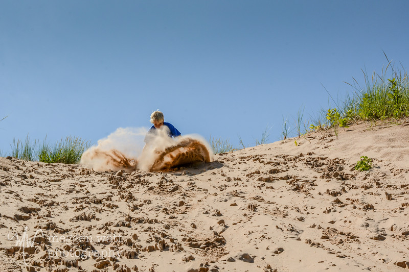 TLR-20190729-8402 Nailing a Landing on the Dune