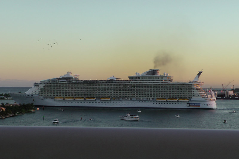 Oasis of the Seas taking off - boy, this ship is HUGE!