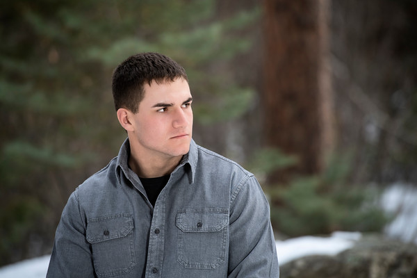 Jeremiah Montoya Senior Portrait Hoehne 2020