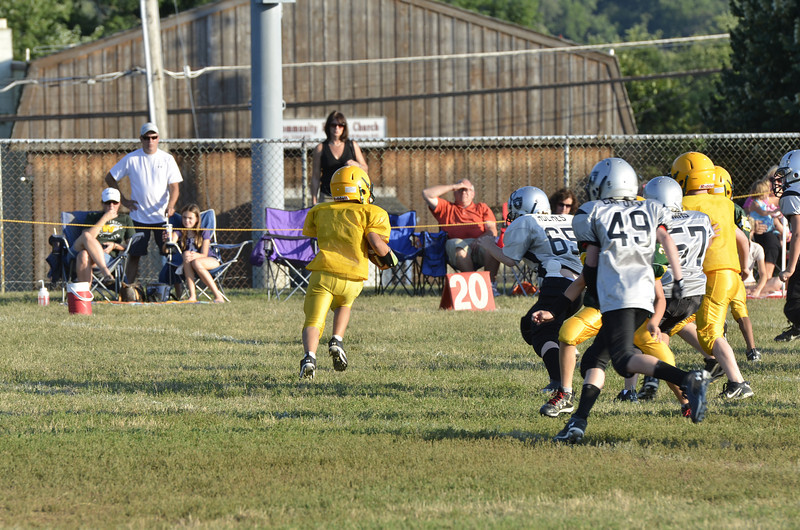 Wildcats vs Raiders Scrimmage 077.JPG