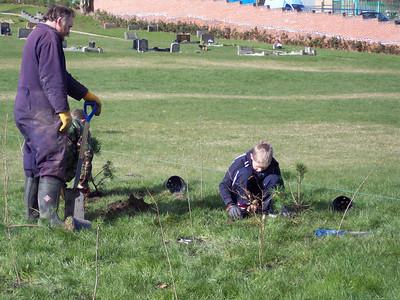 2004-02-28 Working in Wolstanton Churchyard part 2