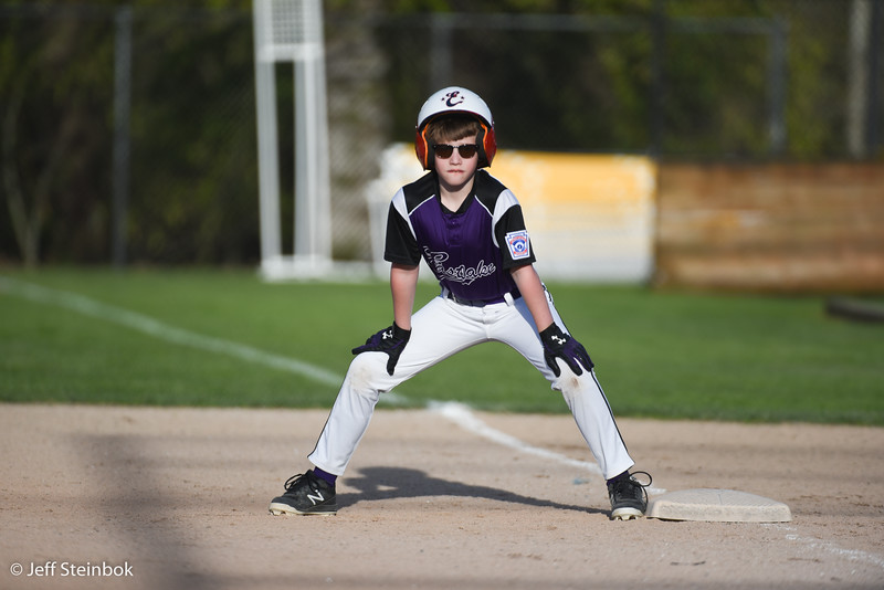 04-24 vs SLL Dodgers (10 of 18).jpg