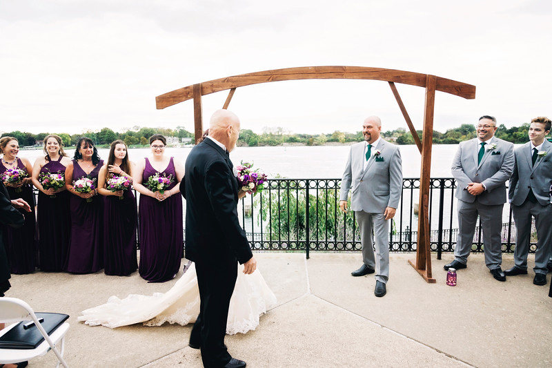 chateau-on-the-river-trenton-michigan-wedding-0254.jpg