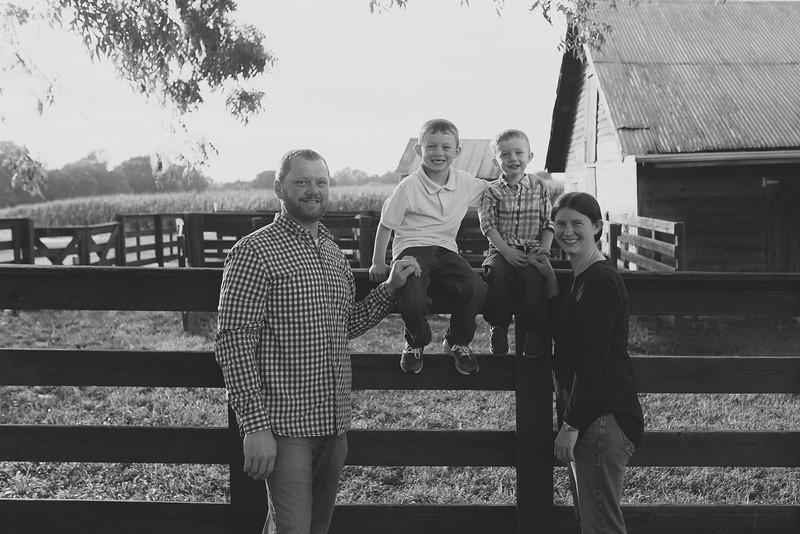 family-daniel-aug2016-0044-2.jpg