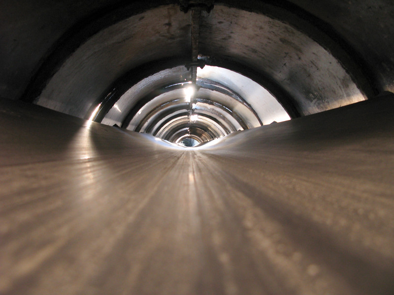 Conveyor for halite transporation