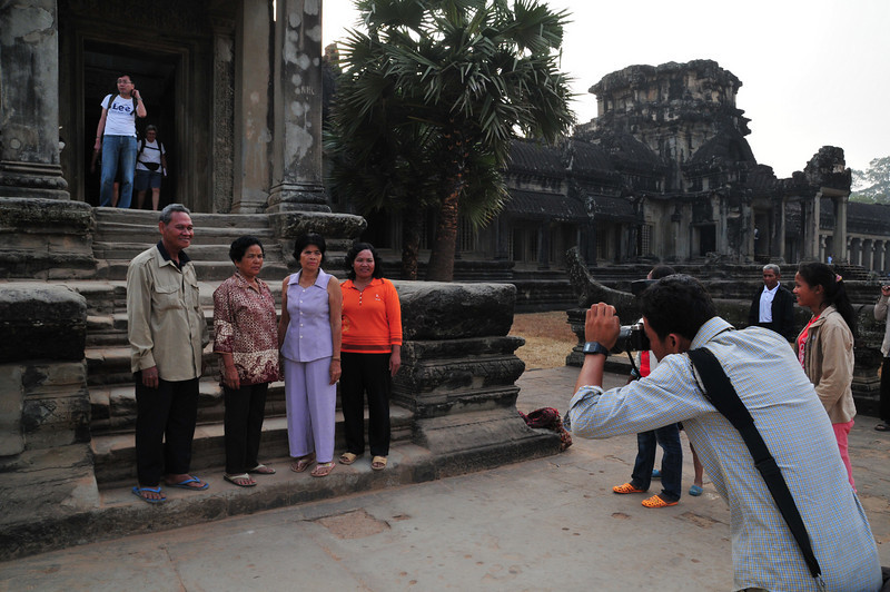 Day18-AngkorWatSunset-61.jpg