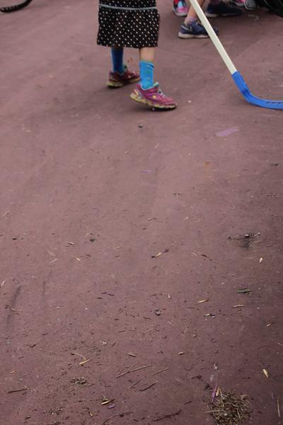 kars4kids_thezone_camp_GirlDivsion_activities_sports_hockey (8).JPG