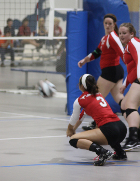 Lutheran-West-Volleyball-vs-Laurel--September-15-2012--17.JPG