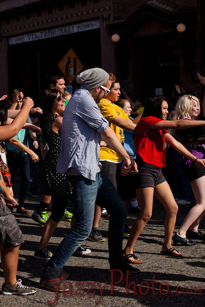GleeFlashMob2012-5944.jpg