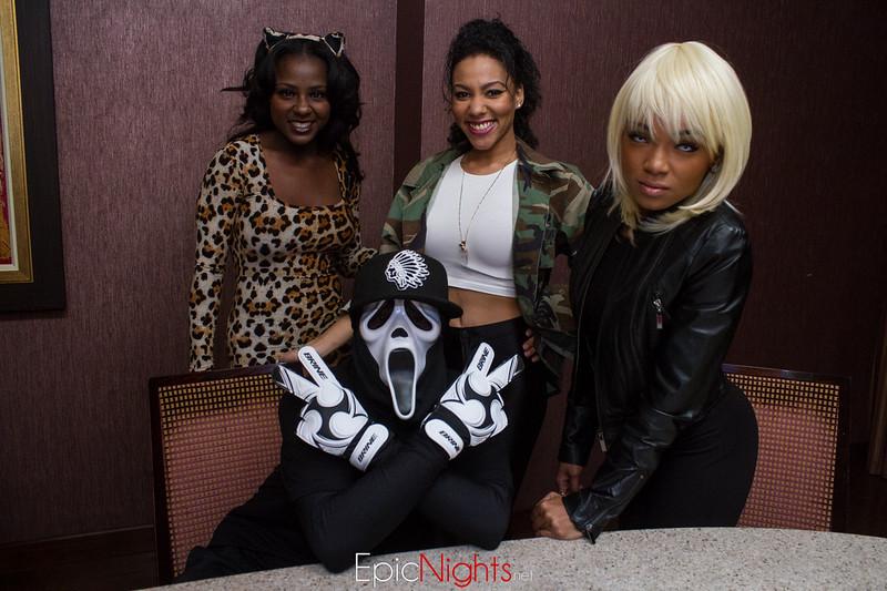 103013 Halloween Suite Party-6597.jpg