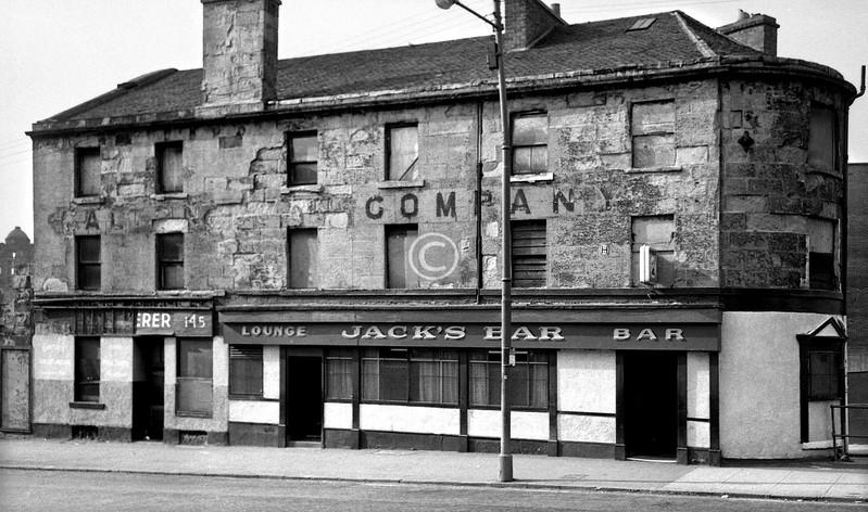Duke St at Parkhouse Lane.    June 1975