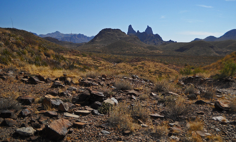 Mule Ears trail 2.jpg