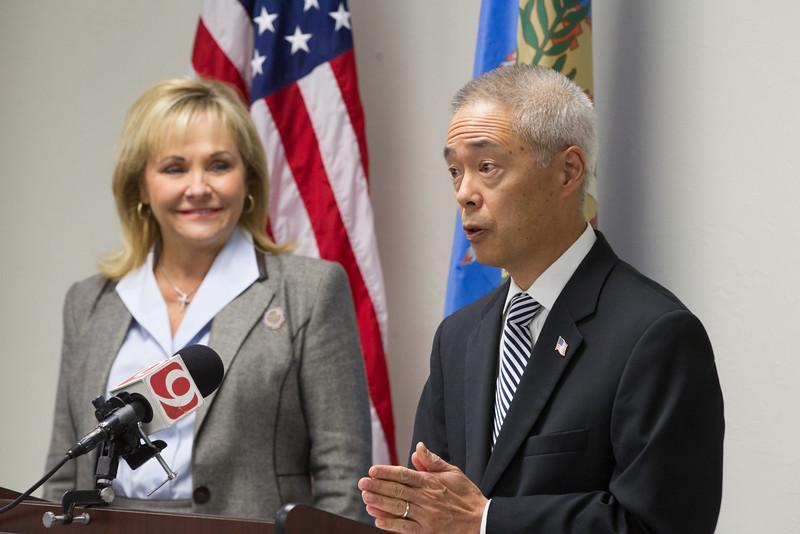 Steve Goo, Director of Boeing Oklahoma, announces the move of 900 jobs to Oklahoma with Gov Mary Fallin.